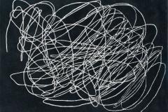 tapis-effet-gribouillis-noir-blanc-ou-ecru-multicolore-scribble-lorena-canals